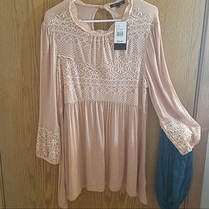 15 fifteen rose lace bell sleeved tunic